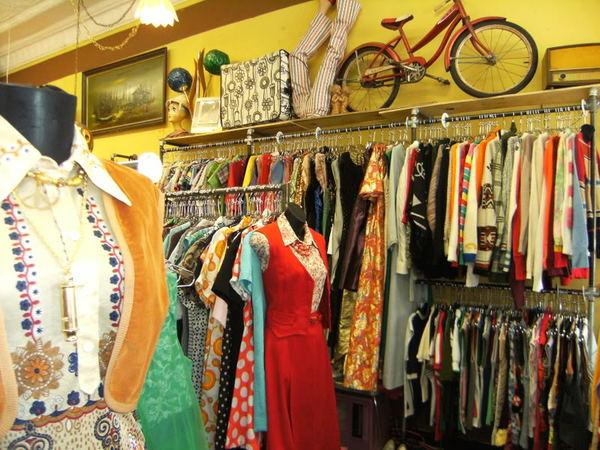Vintage Clothing - Fashion News and Blog